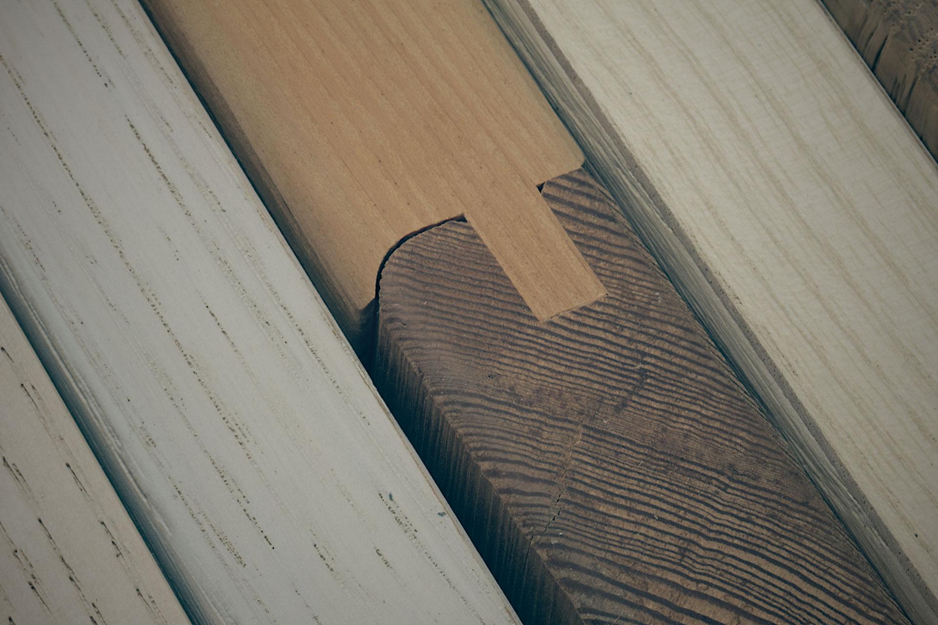Canevese produzione ante impiallacciate e componenti per for Componenti per mobili
